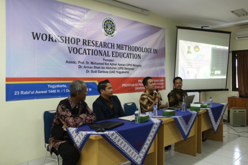 workshop_pendidikan_vokasi_pascasarjana_uad_2018_2.jpg